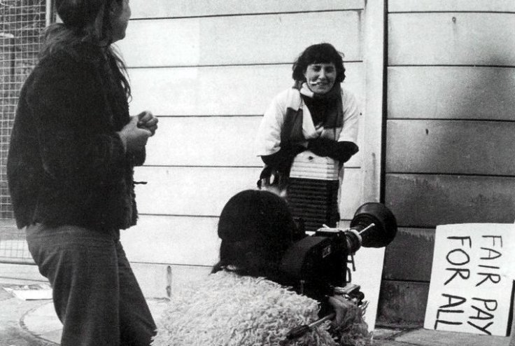 amazing-equal-pay-show-the-1974-001-filming-fair-pay-campaigner
